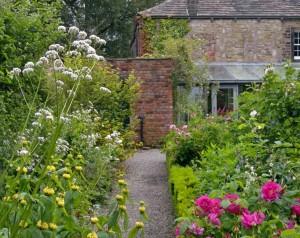 Summer walled garden (4)_proc_proc